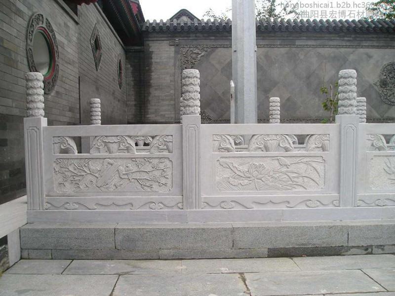 漢白玉石雕欄板廠家