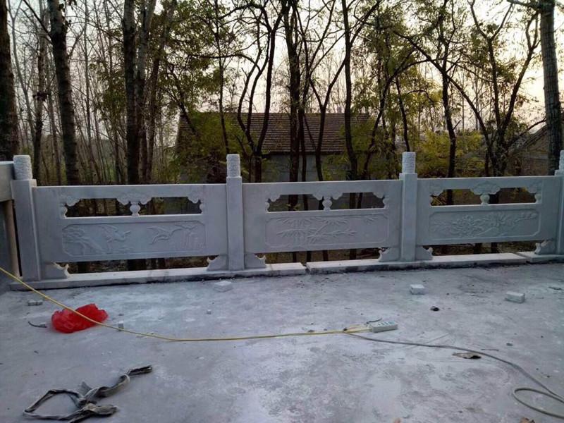 草木形狀青石欄板