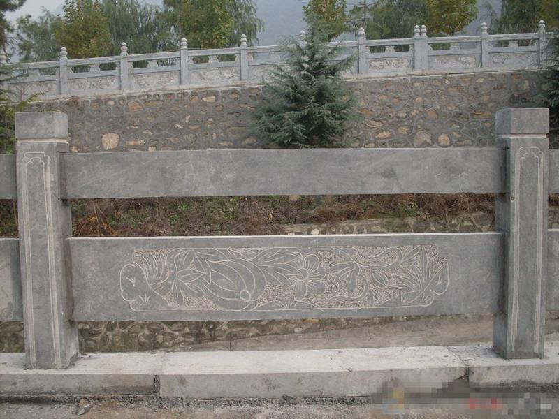 欄板石雕廠家